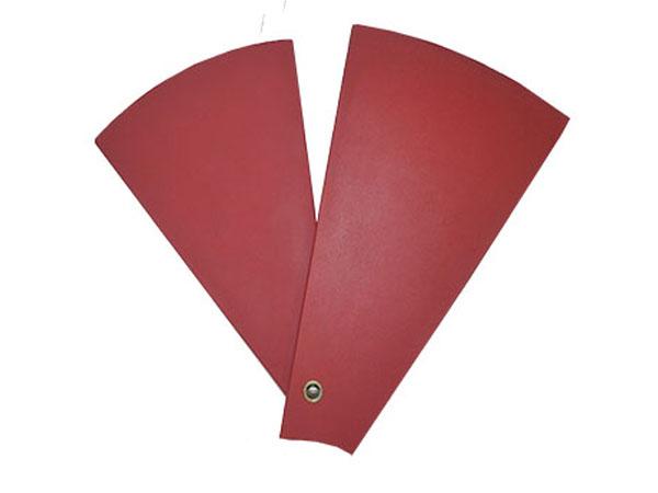 采用柔性聚氨酯泡沫材料制成的地毯有什么好处?
